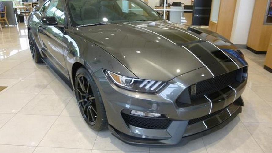 Ford dealer slaps $20,000 markup on a 2016 Mustang Shelby GT350