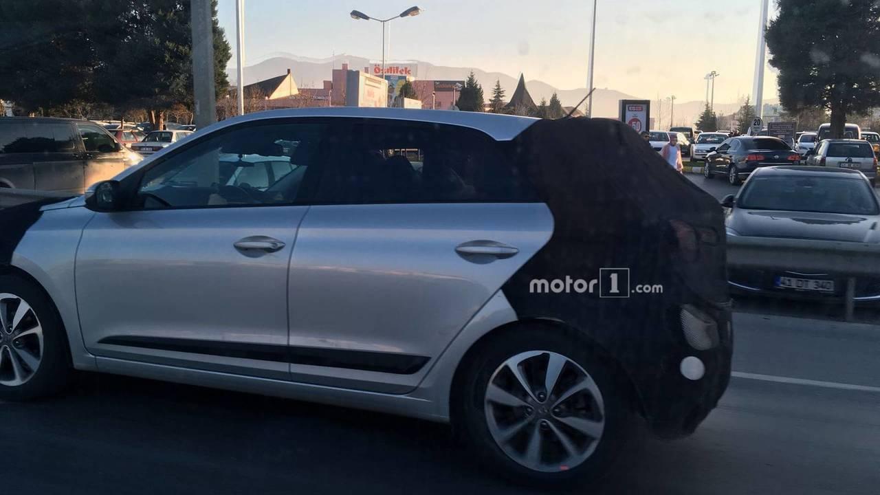Makyajlı Hyundai i20 Türkiye'de yakalandı!
