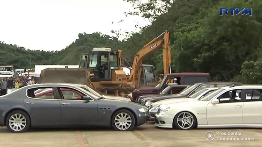Philippines' Duterte Bulldozes More Cars In Crackdown On Crime