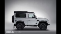 Land Rover Defender 2,000,000