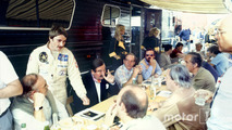 Nigel Mansell, Lotus 91-Ford, talks to the British press including Nigel Roebuck, Murray Walker, John Blunsden, Maurice Hamilton and Innes Ireland