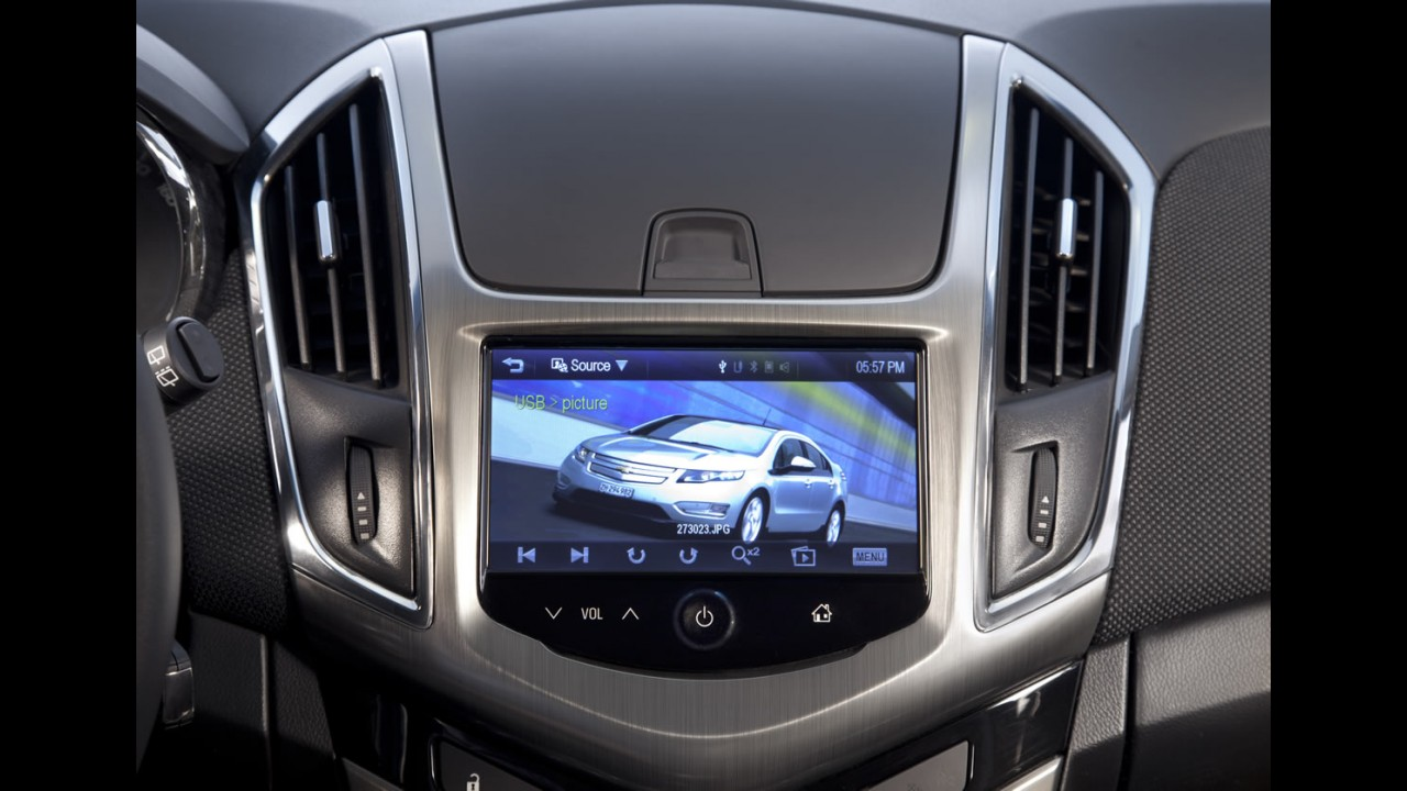 Argentina: Chevrolet Cruze 2013 ganha reestilização