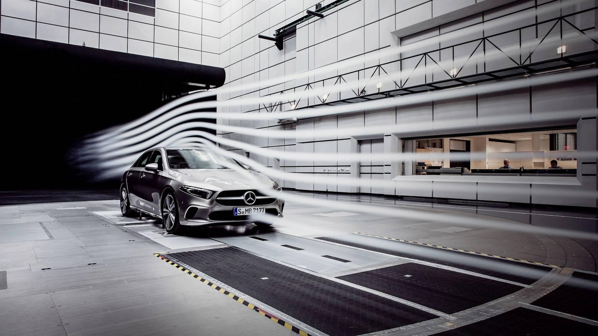 Schemi Elettrici Mercedes : Mercedes benz classe a sport sedan presentazione nuovi