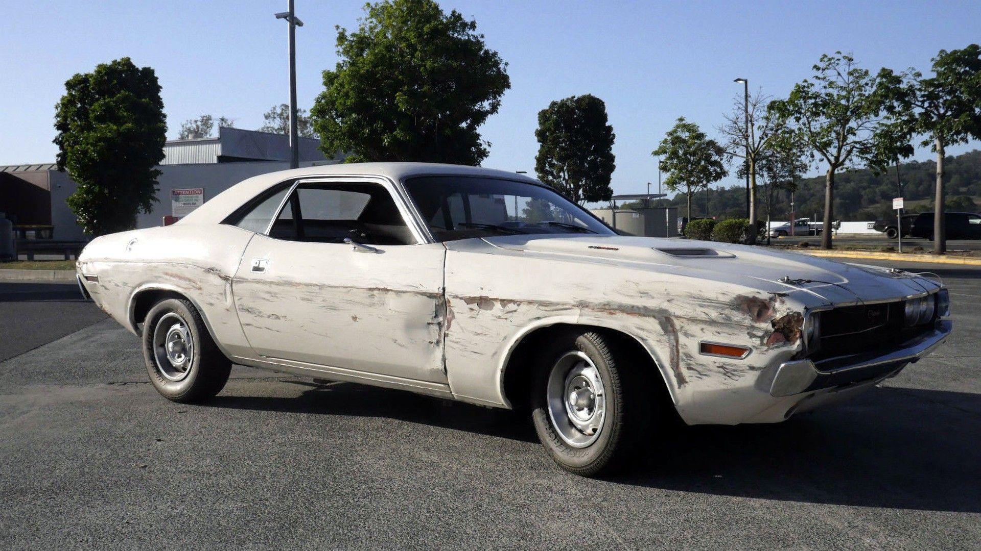 Quentin Tarantino\'s Death Proof Dodge Challenger Hits eBay