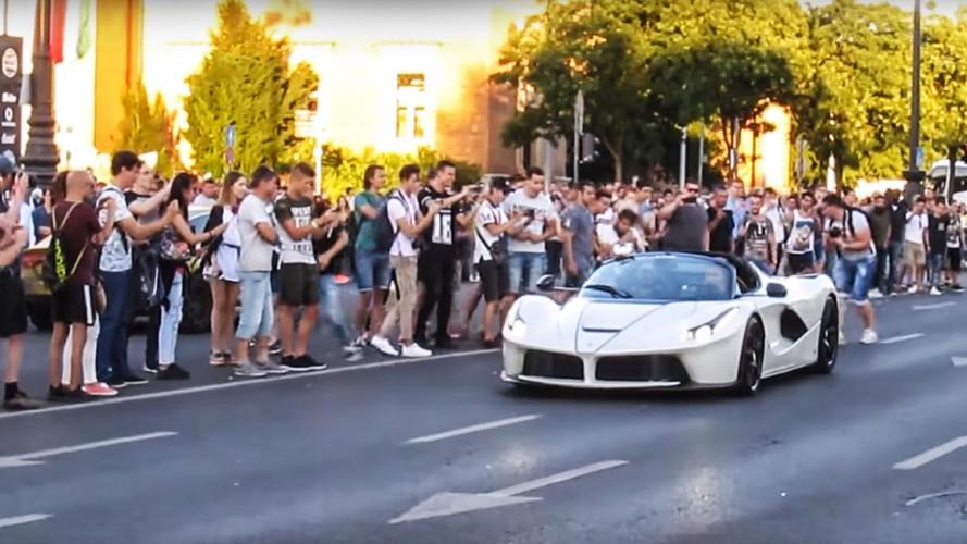 VIDÉO - Quand une Ferrari LaFerrari Aperta crée l'hystérie