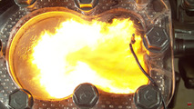 İçten yanmalı motorun vahşi güzelliği