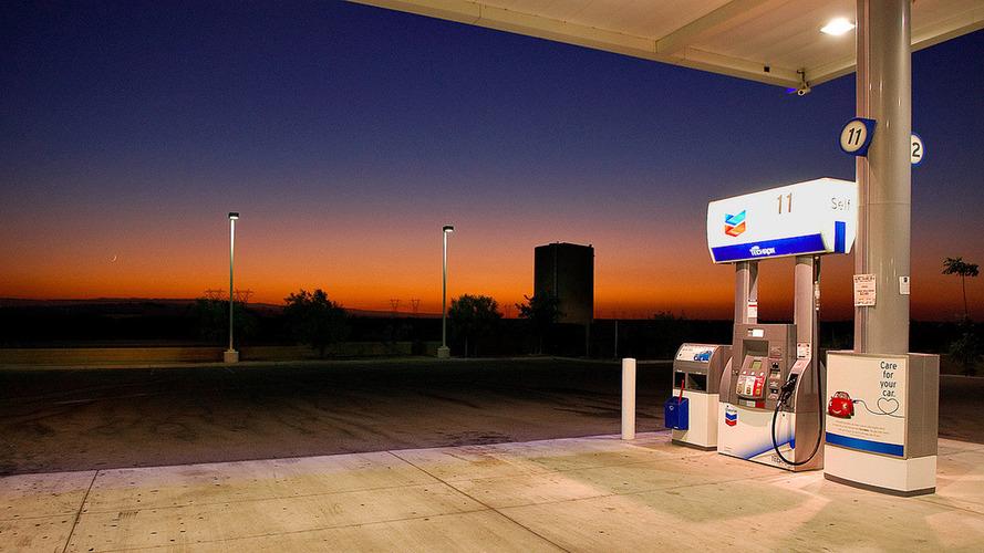 Mától ismét emelkednek az üzemanyagok árai