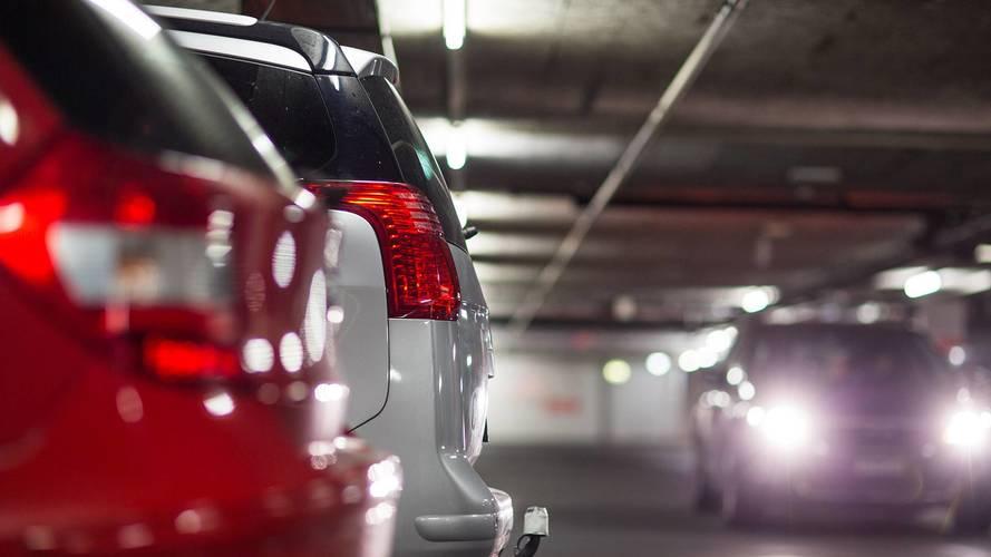 Az alábbi helyeket kivéve péntektől ingyen parkolhatunk Budapesten