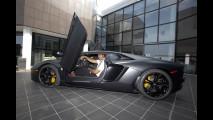 Jonah Lomu visita Lamborghini