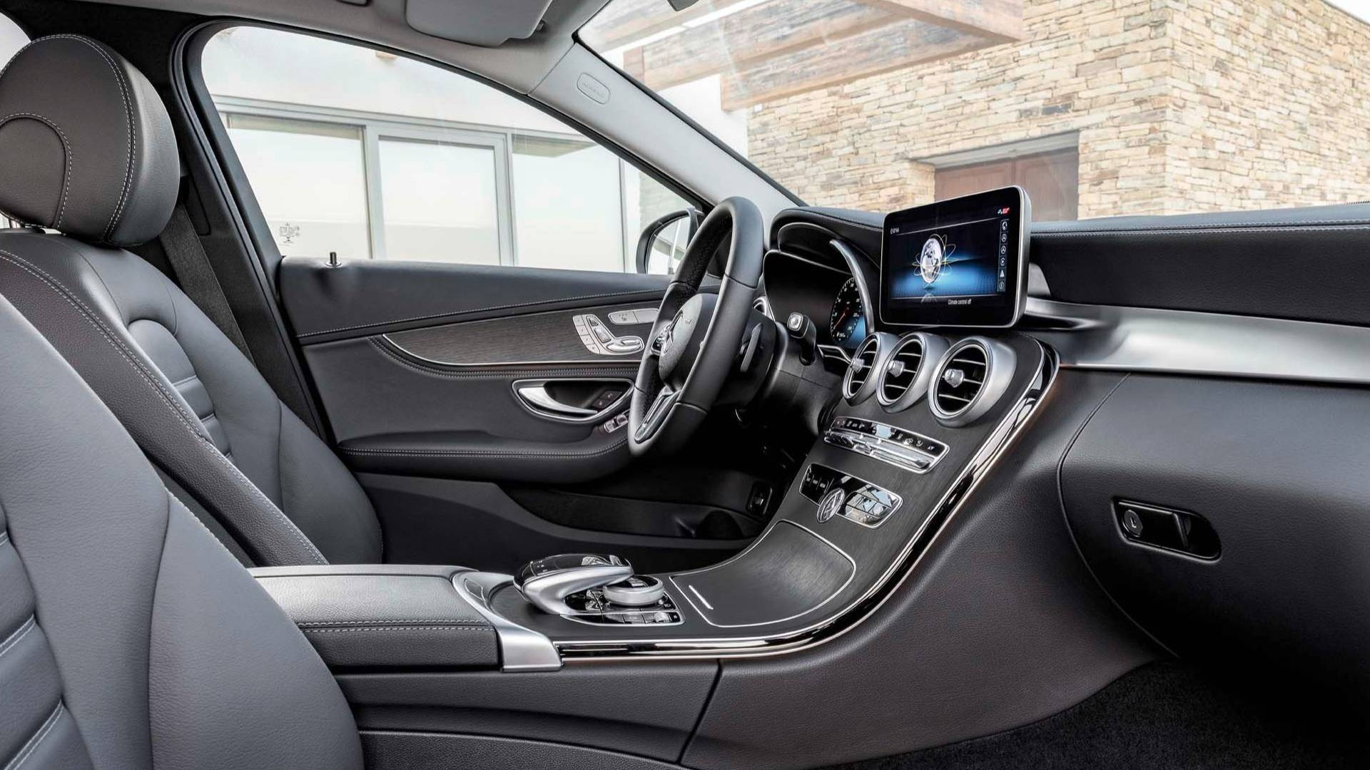2019-mercedes-benz-c-class-sedan.jpg