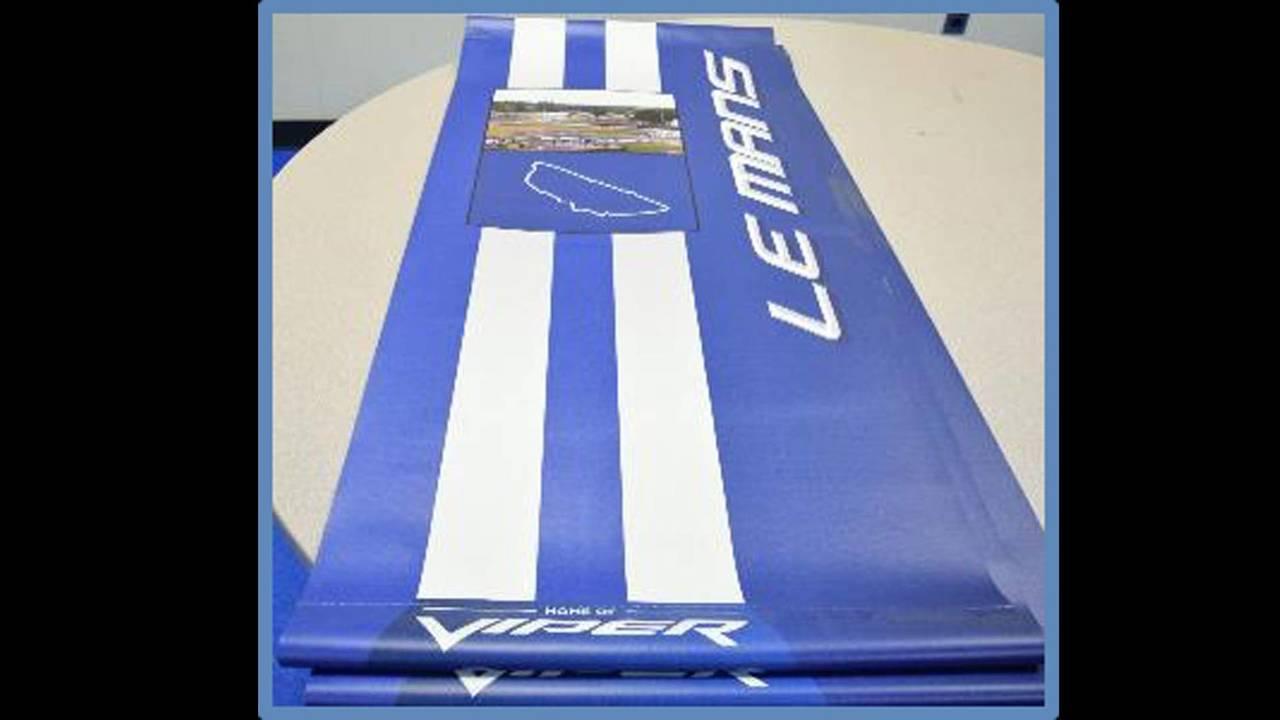 Viper Le Mans Banner