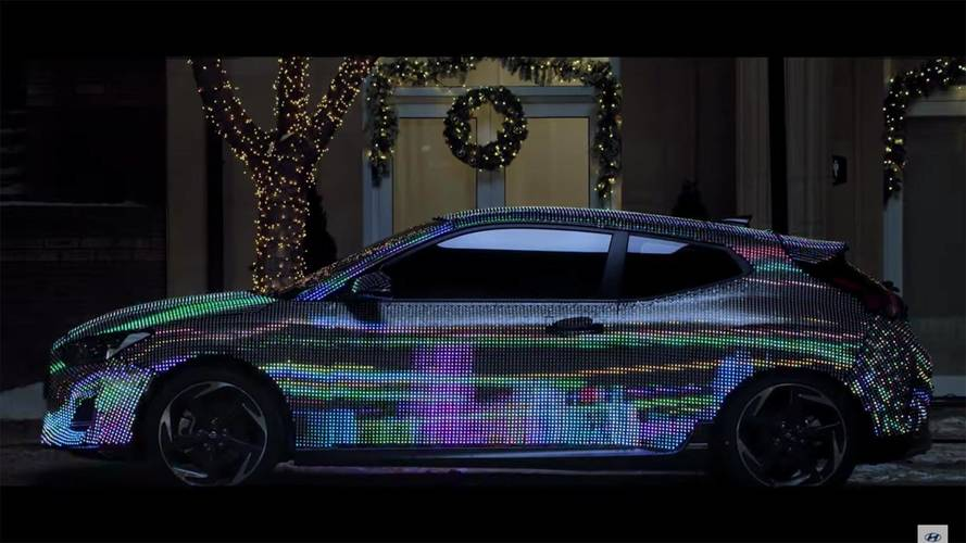 2019 Hyundai Veloster Becomes LED Billboard In New Teaser