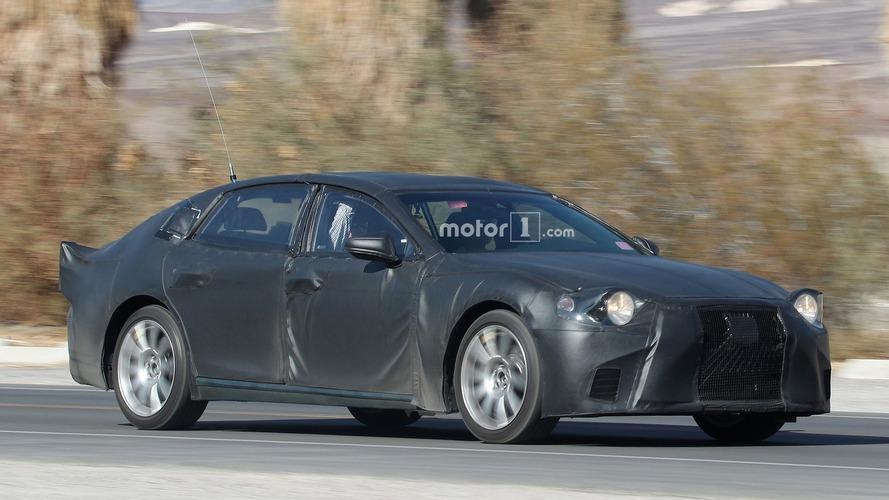 Photos - La future Lexus LS 2018 surprise en cours d'essais