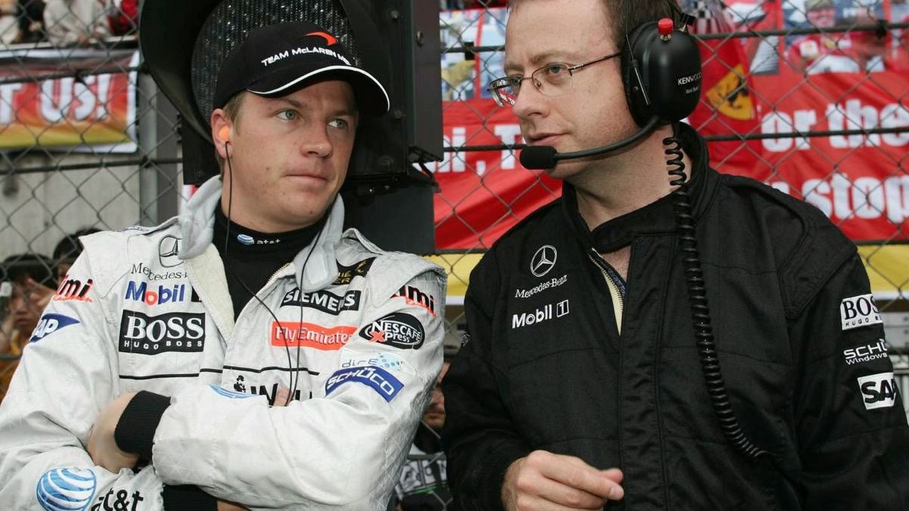 Kimi Raikkonen (FIN), Räikkönen, Mark Slade (GBR), Race Engineer, Chinese Grand Prix, 1.10.2006, Shanghai, China