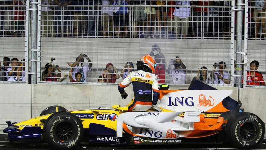Renault Escape with 2yr Suspended-Ban, Briatore Banned for life
