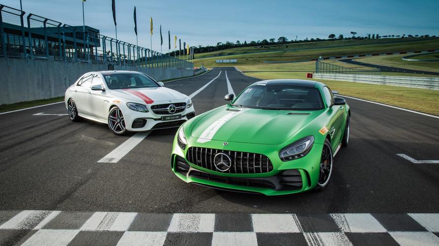 AMG 50 anos - Novos AMG GT R e E63 AMG na pista (vídeo onboard)