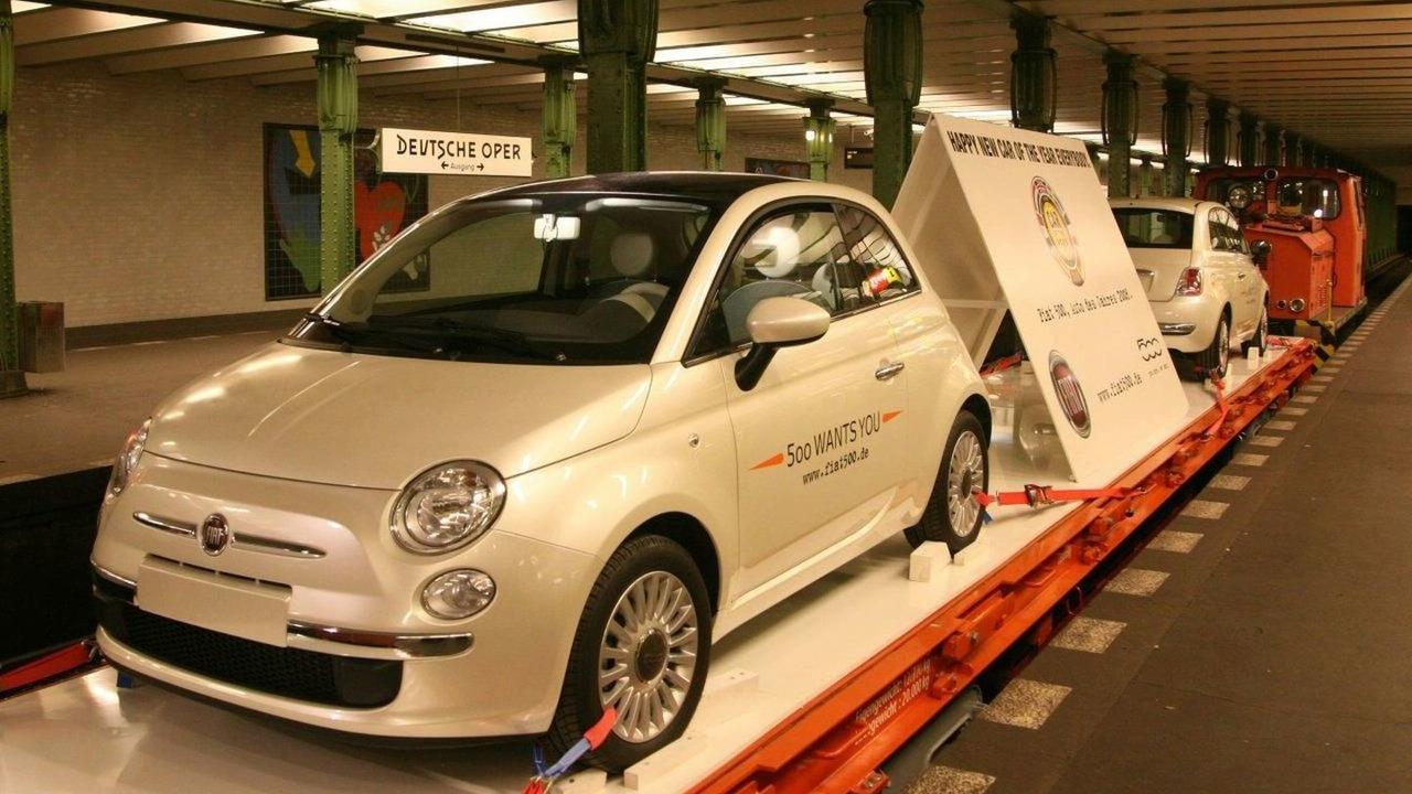 Fiat 500 Rides Berlin U-Bahn