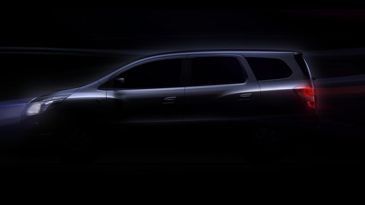 Chevrolet divulga teaser da minivan Spin e anuncia suas pretensões globais