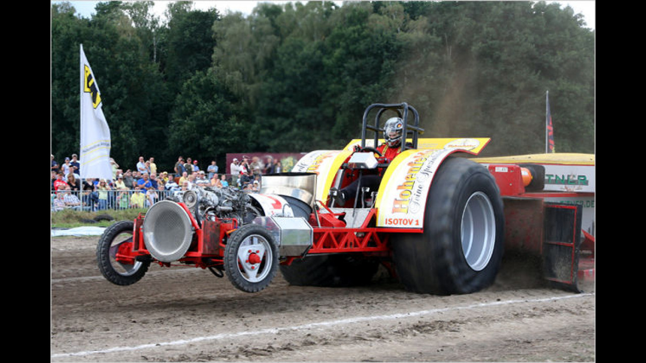 Tractor-Pulling: Isotov
