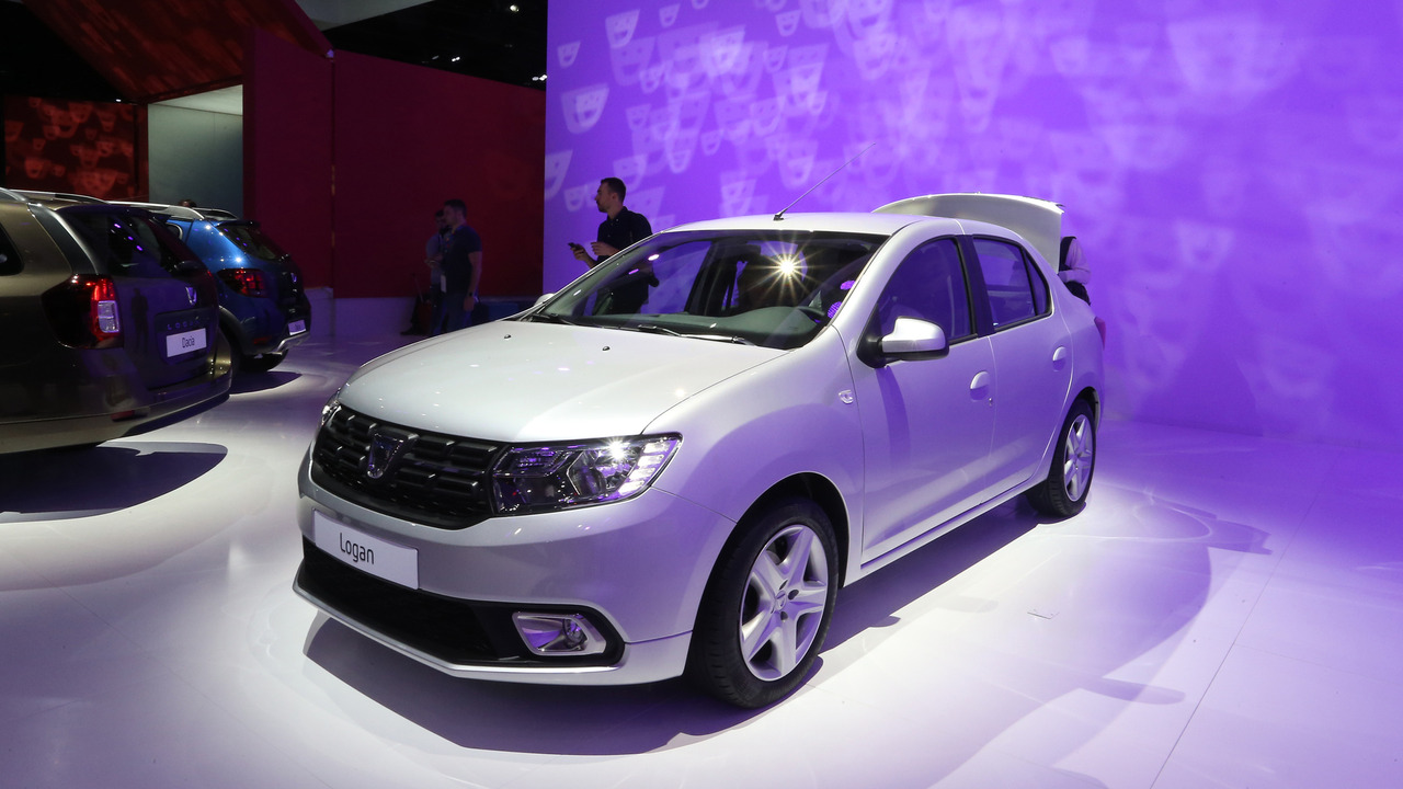 2016 Dacia Logan Paris Motors Show