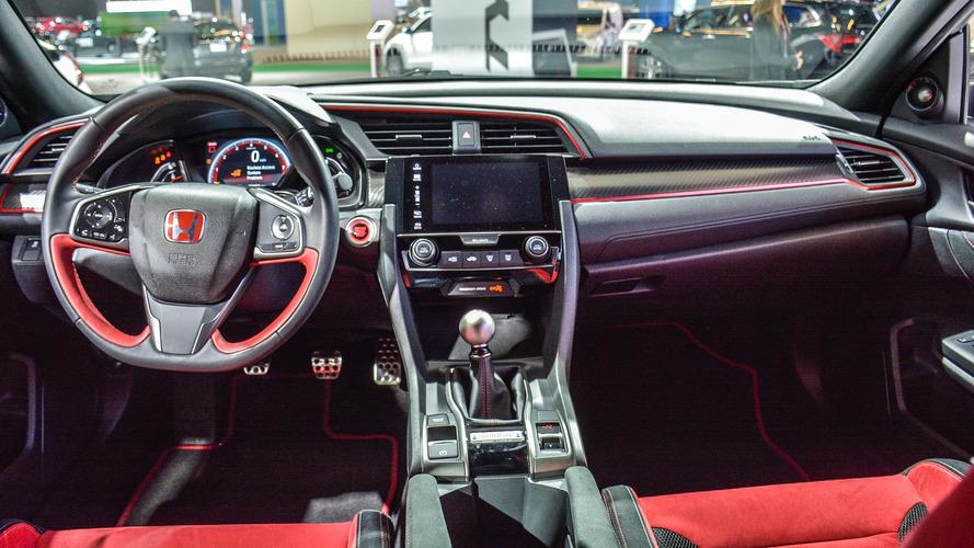 Honda Civic Type R, Montreal'de iç mekan detaylarını sergiledi