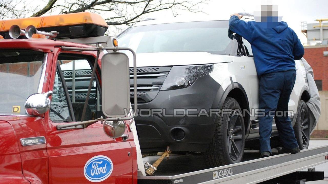 2012 Ford Explorer spy photo 26.03.2010