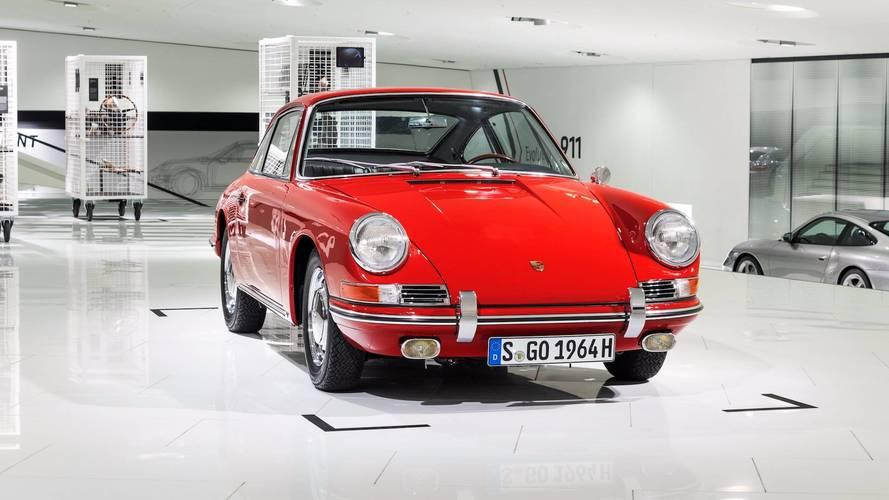 Három év restauráció után a Porsche Múzeum kiállítja a legrégebbi 911-esét