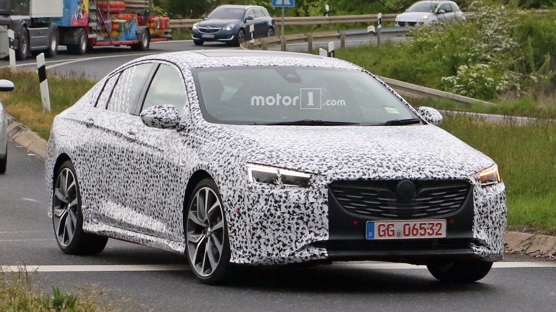 spied holden commodore might actually be an opel insignia opc. Black Bedroom Furniture Sets. Home Design Ideas