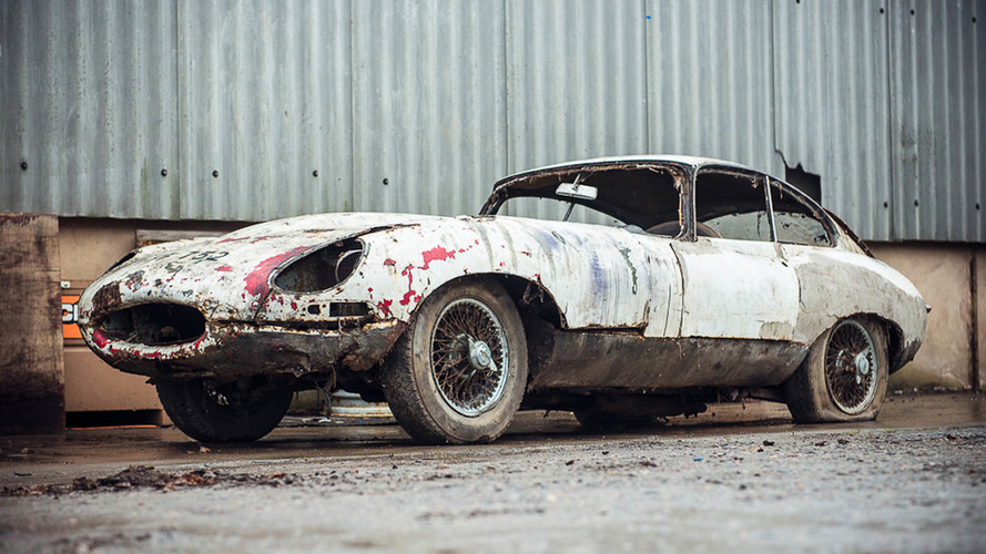 Barn find Jaguar E Type up for auction