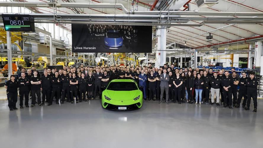 Lamborghini Celebrates Making 10,000th Huracan; Talks Next Gen