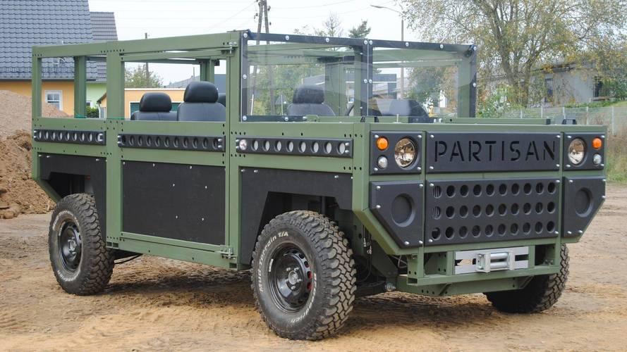 Partisan One: el único SUV del mundo cuadrado... e indestructible