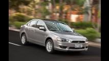 Sedãs médios: Novo Civic avança em setembro e reduz vantagem do Corolla