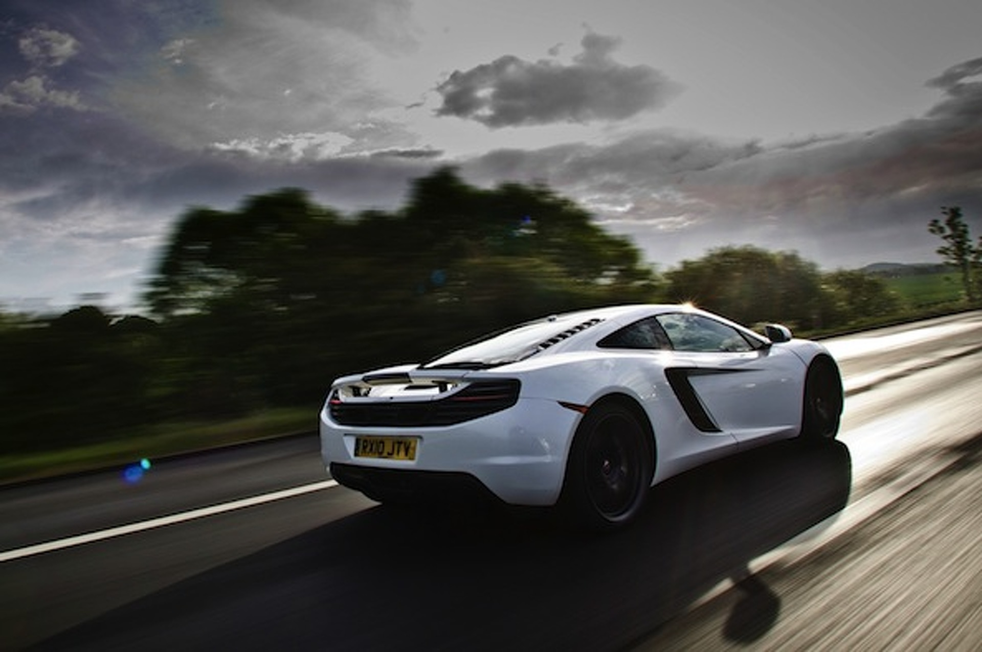 McLaren Plotting P13 Sportscar to Rival 911?