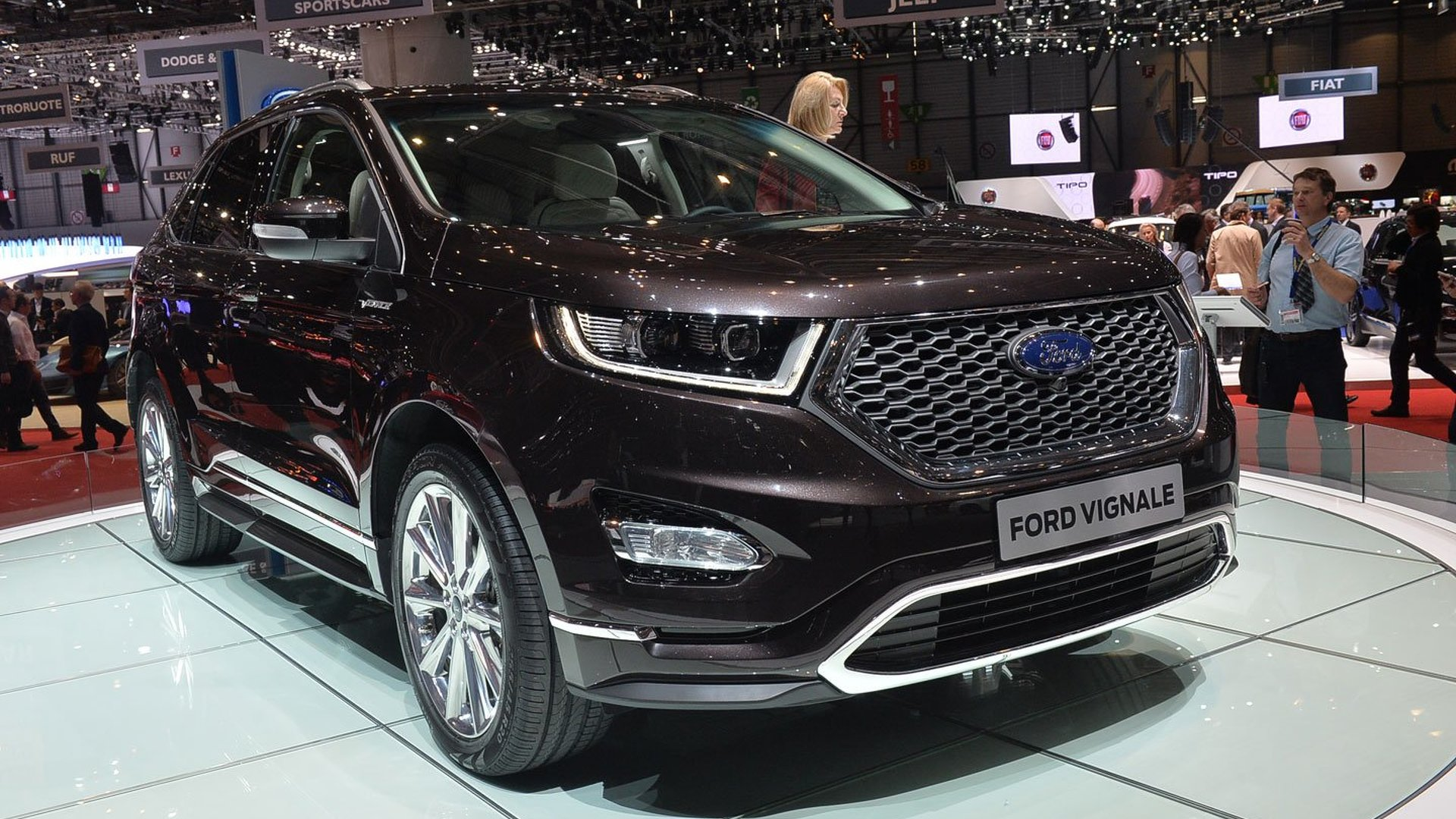 ford vignale family gains four new models in geneva. Black Bedroom Furniture Sets. Home Design Ideas