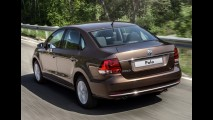 Novo sedã compacto da VW é flagrado em testes (e pode ter motor 1.2 TSi)
