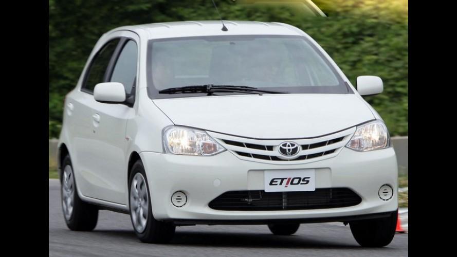 Toyota divulga os preços oficiais do Etios - Modelo custará entre R$ 35.000 e R$ 48.000