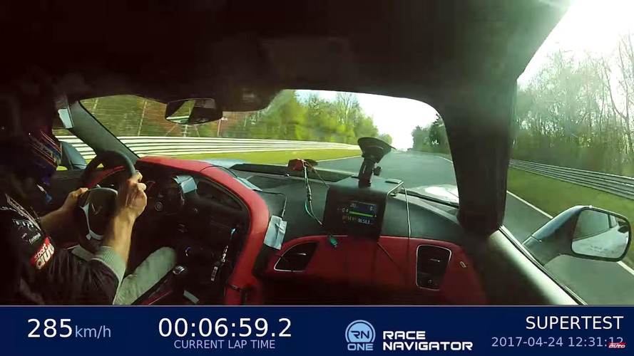 Chevrolet Corvette Z06'nın 7:13.9'luk Nürburgring turu