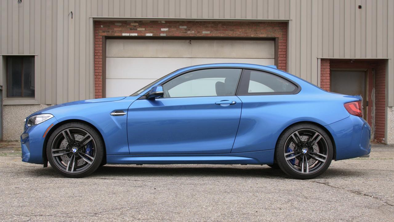 2016 BMW M2   Why Buy? Headliner